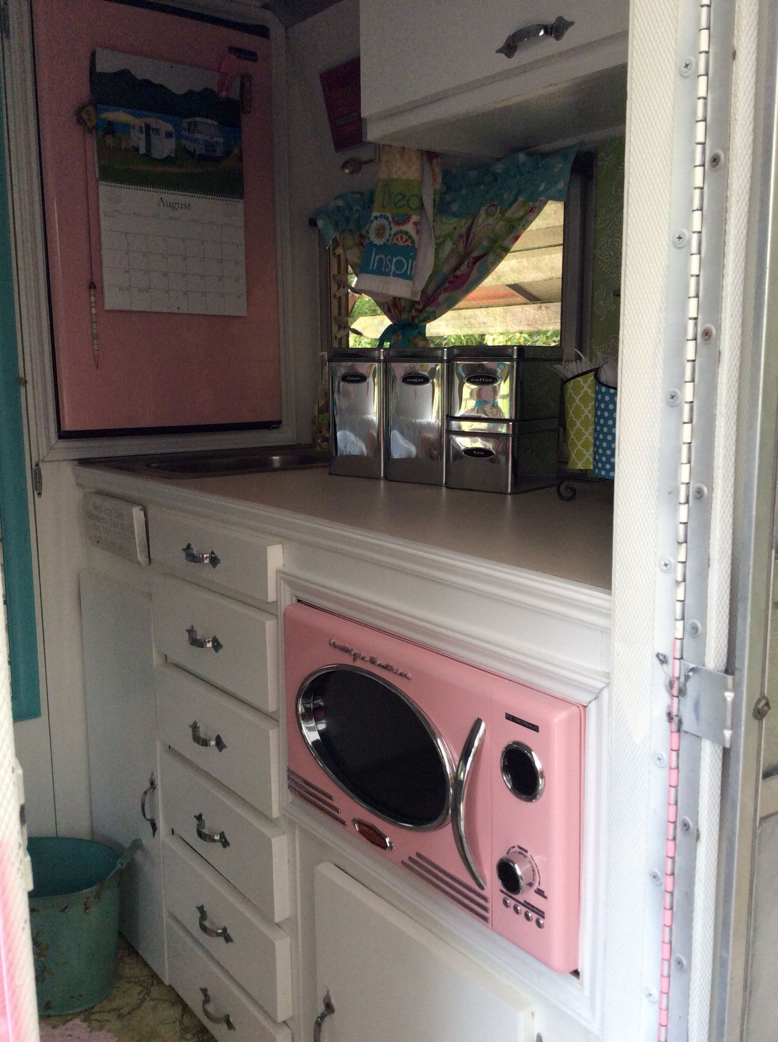 Trailer Remodel 1968 Shasta Compact More