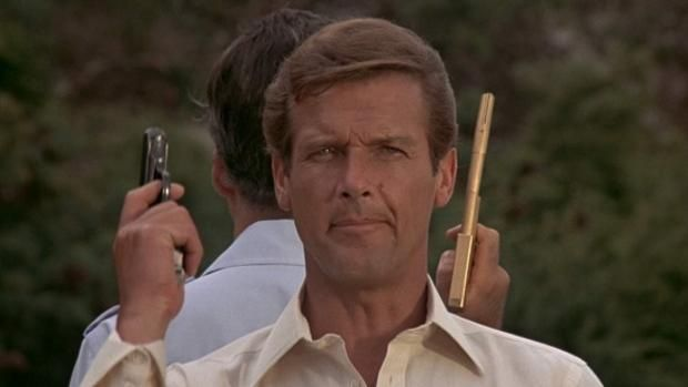 James Bond 007 Revisiting The Man With The Golden Gun Den Of Geek