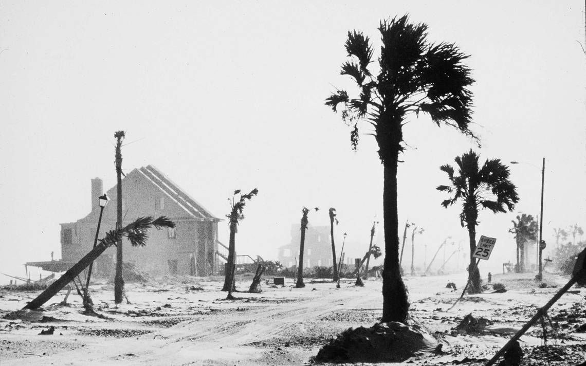 North charleston south carolina city information epodunk - Images From Hurricane Hugo In Sc The Original Weather Blog Hurricane Hugo In Charleston Sc Pinterest Folly Beach Charleston Sc And Folly Beach