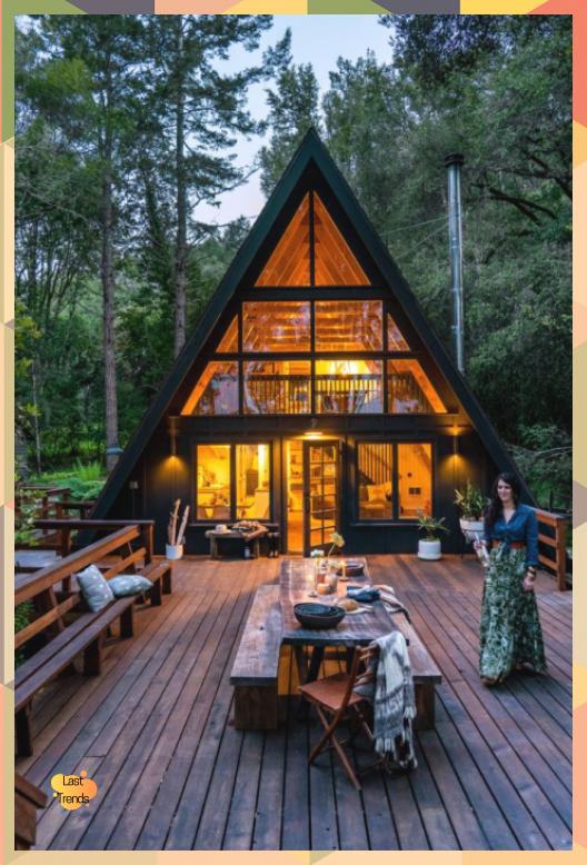 Esta Cabana Con Estructura En A En West Marin Es Un Paraiso Boho Moderno Sunset Magazine Tiny House Plans Small Cottages Small Cottage Designs A Frame Cabin