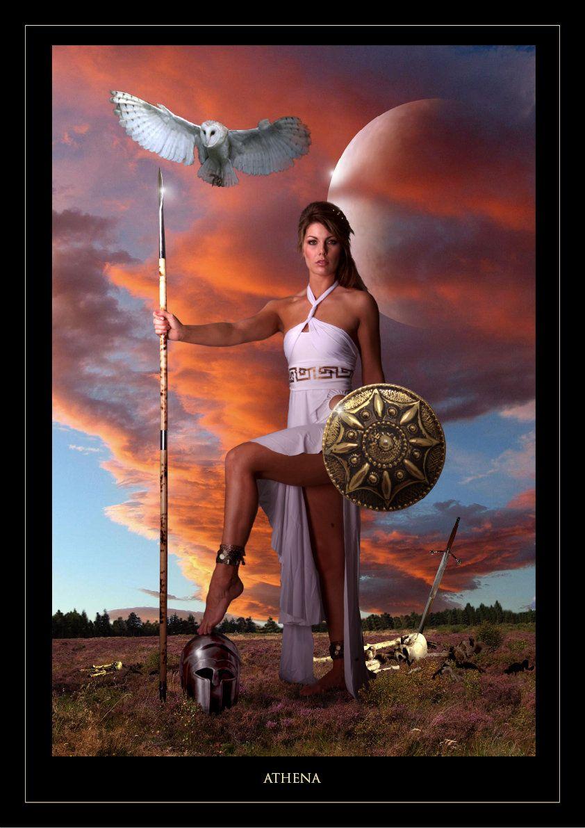 Atena - bogini mądrości, sztuki i sprawiedliwej wojny