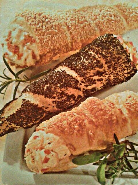 Pikante Schillerlocken mit Käse-Paprika-Füllung / Schinken-Frischkäse-Füllung Dr. Oetker 5/2005 Schillerlockentipps: 1/2003