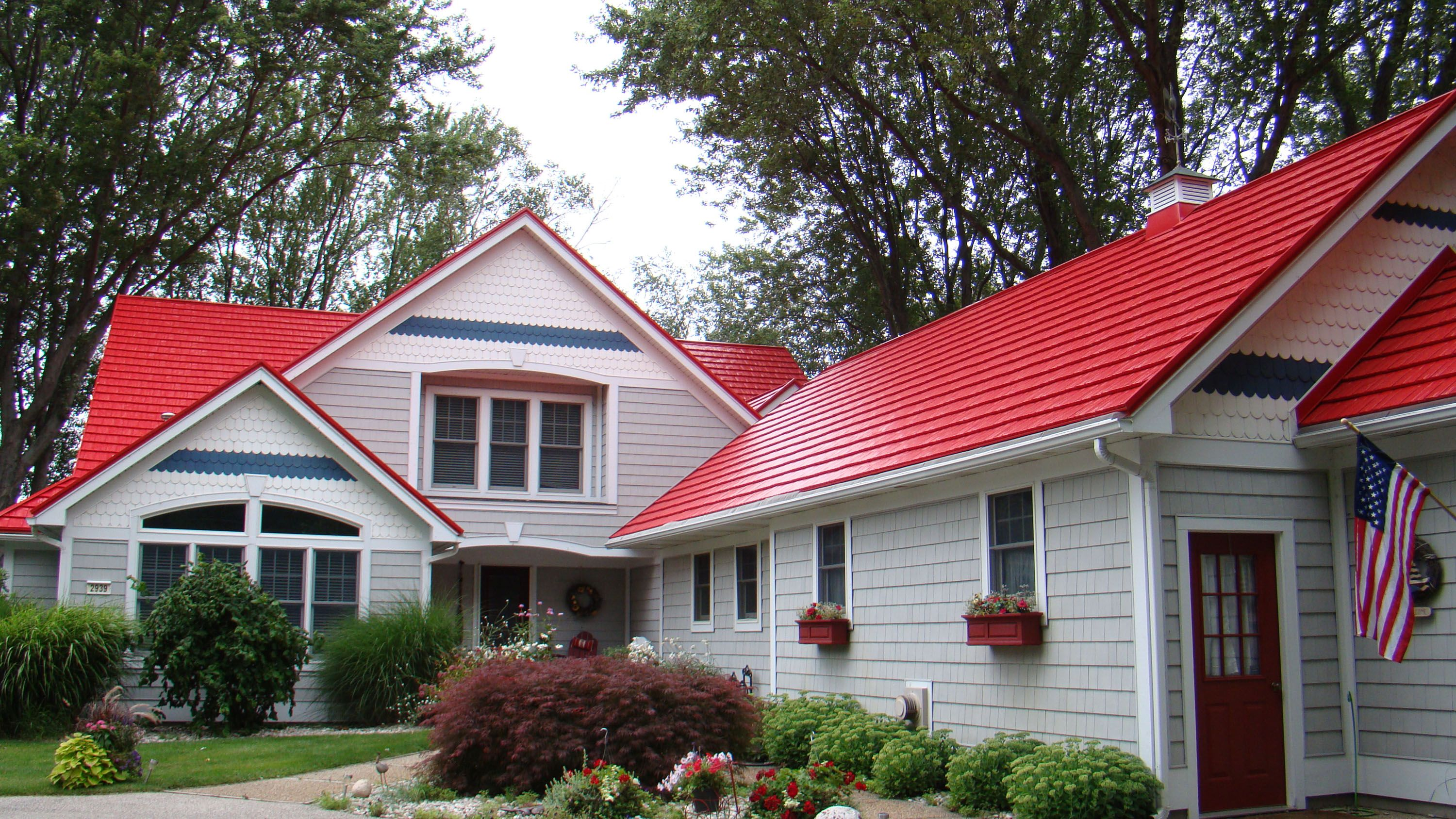 Best Pin By American Metal Roofs On Metal Roof Shingles Red 400 x 300
