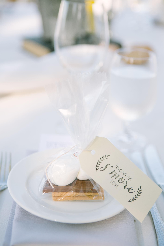Crisp Romantic Fête in California - Sonoma, CA | Favors, Wedding and ...
