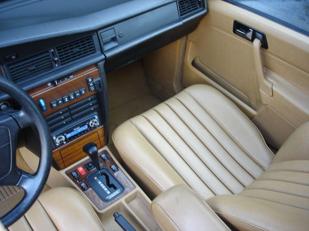 Concours d 39 tat w201 interieur zebrano cuir beige bva for Mercedes benz interieur