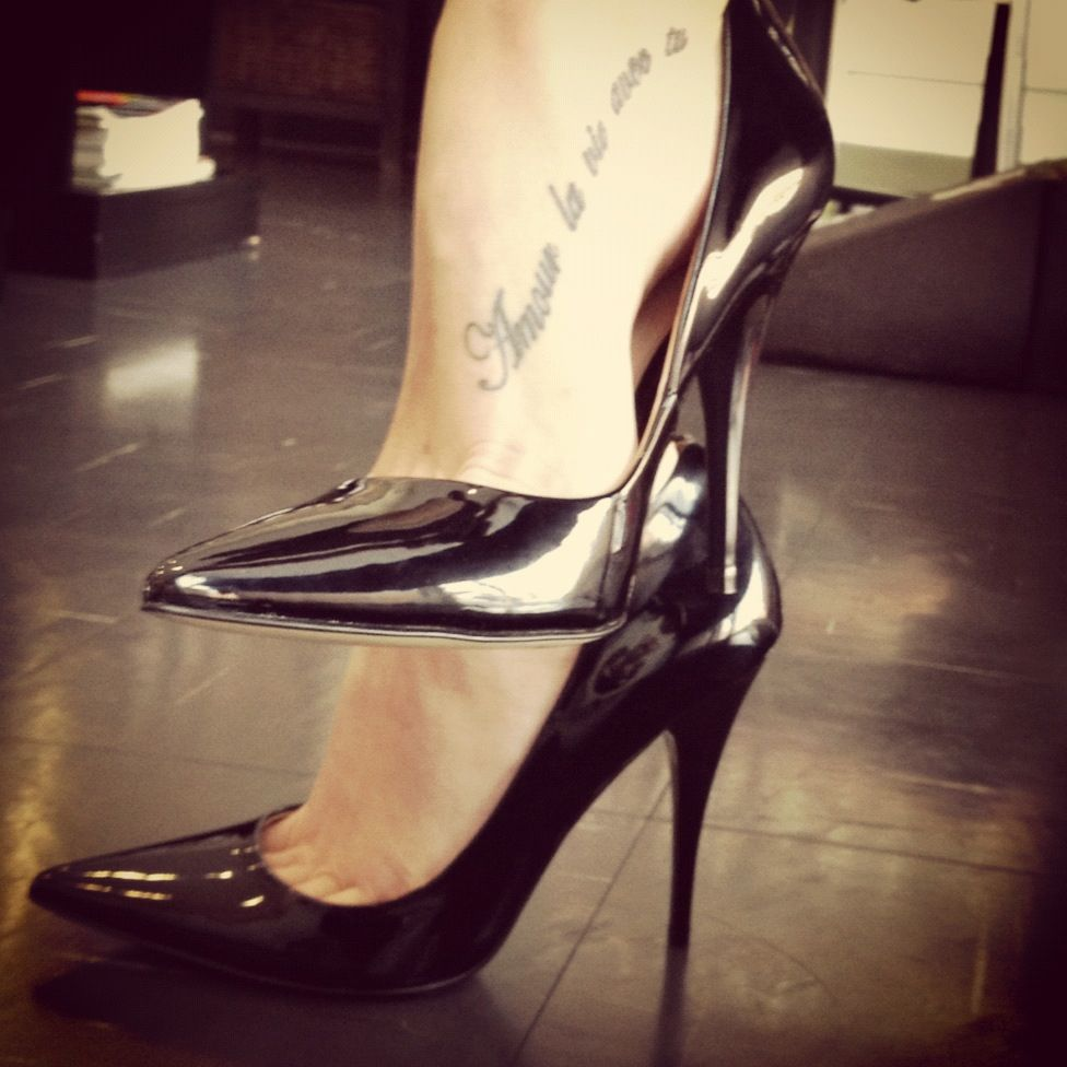 This is my favourite foot placement - looks sexy | Tattoos ...