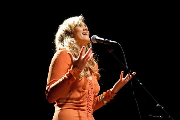 """Delta Goodrem Photos Photos - Delta Goodrem performs at """"Rock Stars of Science"""" sponsored by Geoffrey Beene Foundation & ResearchAmerica to engage heath and medicine discussion at the Capitol Visitors Center Auditorium on September 24, 2009 in Washington, DC. - Rock Stars of Science Hosted by Geoffrey Beene Foundation & ResearchAmerica"""