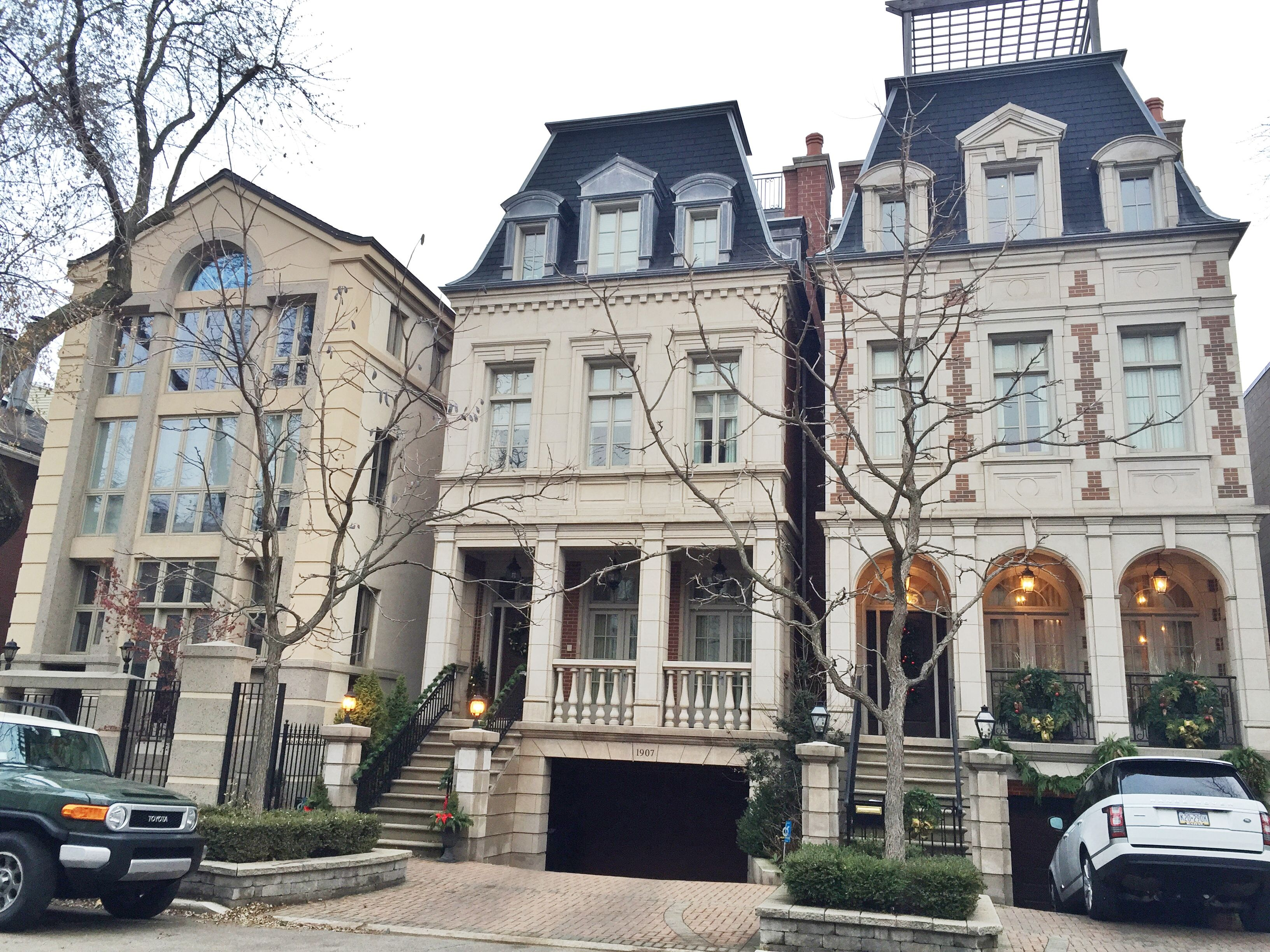 Lincoln Park Chicago Burling Street Kelly In The City Townhouse Exterior Luxury Townhouse Apartments Exterior