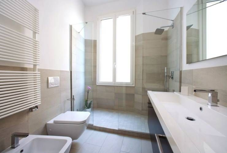 37 bagni moderni con docce magnifiche progetti italiani bagni grigi salle de bain maison for Bagno moderno con doccia