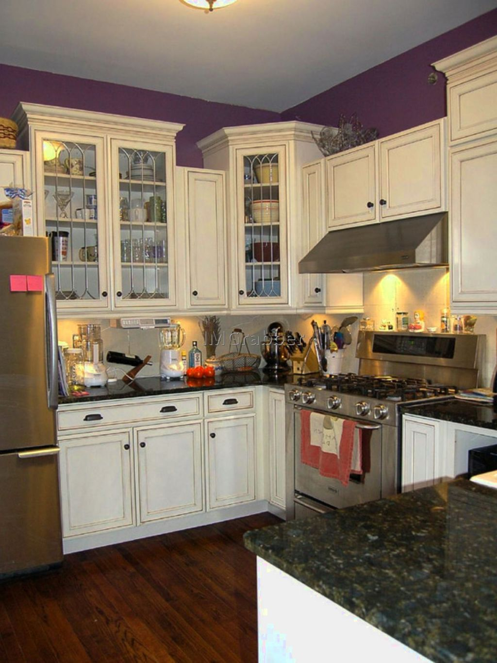 small kitchen white cabinets - http://modernkitchencabinet.top/small-kitchen-white-cabinets/