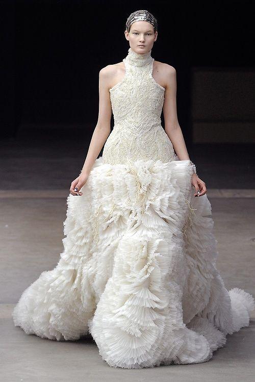 Kirsi Pyrhonen at Alexander McQueen F/W 2011-12.