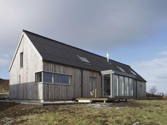 Husabost The Long House Rural Design Architects Isle Of Skye And The Highlands And Islands Long House House Exterior Rural Architecture