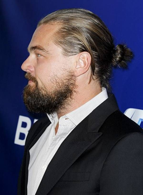 Leonardo Dicaprio Beard 20 Photos Famepace Man Bun Hairstyles Long Hair Styles Men Man Bun