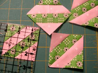 Lollyquiltz: July 2011..EASY PEESY
