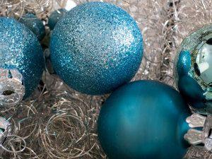 Weihnachtsfarben 2019 - Trends für Weihnachtsdeko, Weihnachtskugeln #weihnachtsdeko2019trend Weihnachtsfarben 2019 - Trends für Weihnachtsdeko, Weihnachtskugeln #weihnachtsdeko2019trend