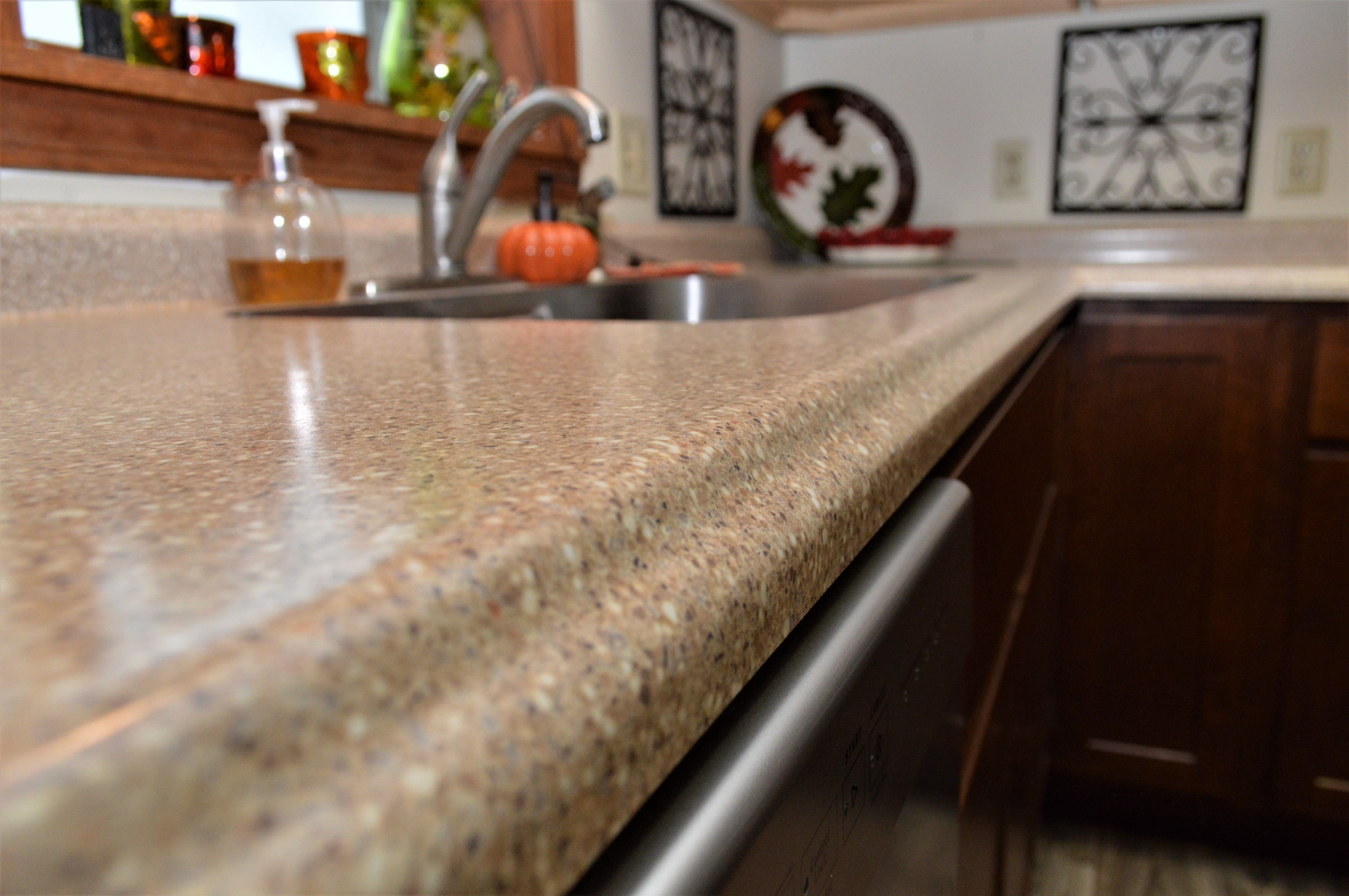 Laminate Countertop Vida Edge Detail Coved Backsplash Sand Crystal Color Laminate Countertops Countertops Kitchen