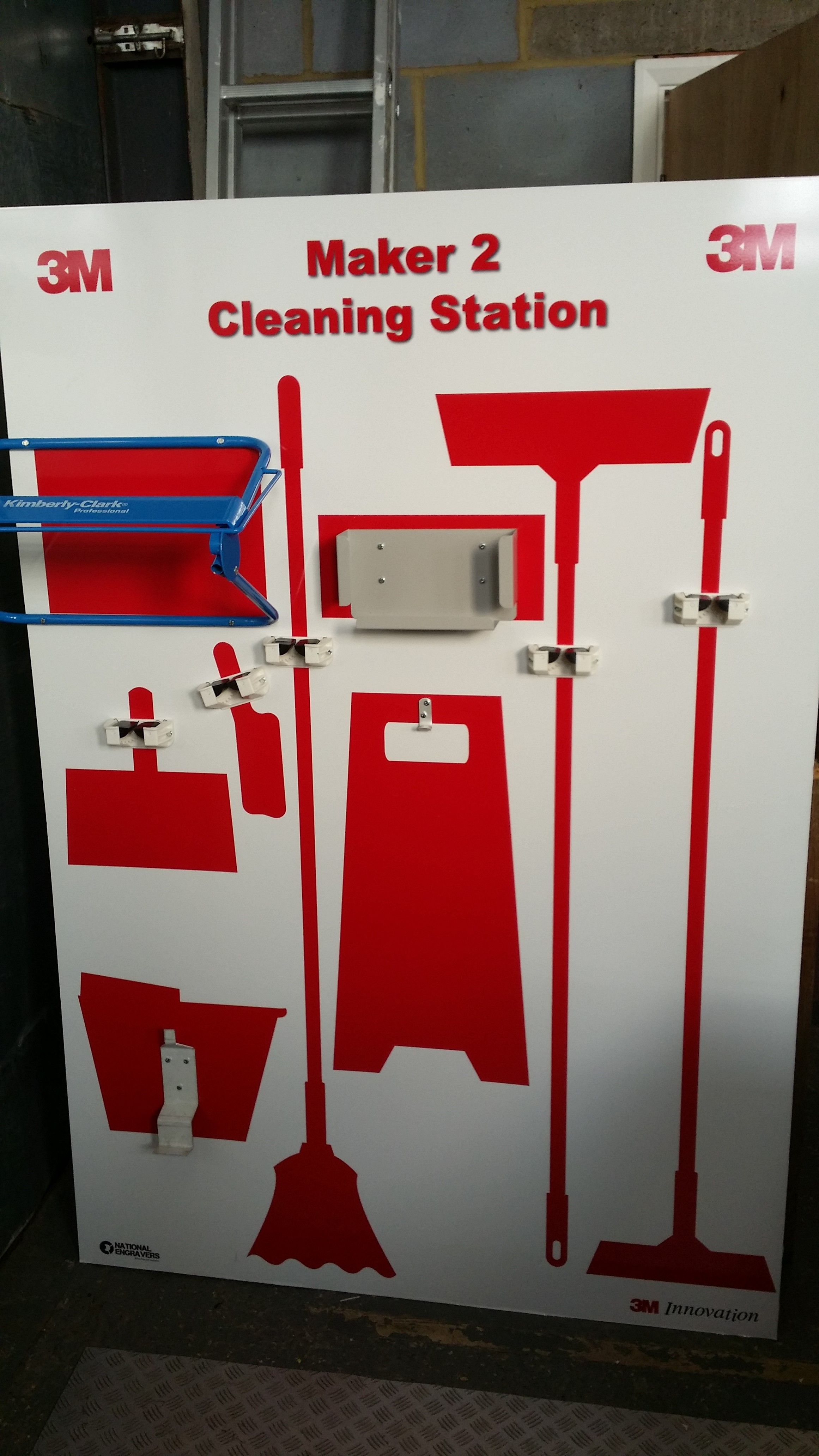 example of a cleaning station  you choose the tools  we