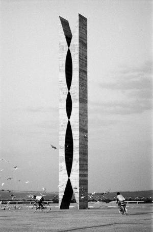 Oscar Niemeyer by doreen.m
