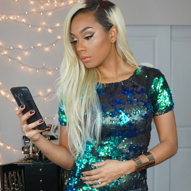 LaTia Tia Hassell Blonde Hair Hairstyle Side Part Parting Beautiful Flawless Makeup Sequin Mermaid Dress Teal Blue Green Colour Pretty Girl Swag