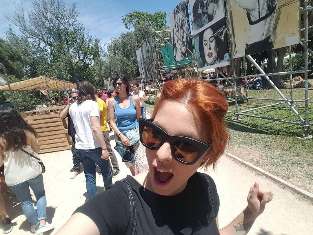 Me vuelvo locaaaaaaa en el @paloaltomarket  ayyyy y me encuentro con una exposición de @paulabonet #market #fest #dandolotodo #Valencia #yosiytu #style #up #instamoment #igers #spanish #look #streetstyle #energy #blogger #ilikeit #art #music #fashion by yosiytublog