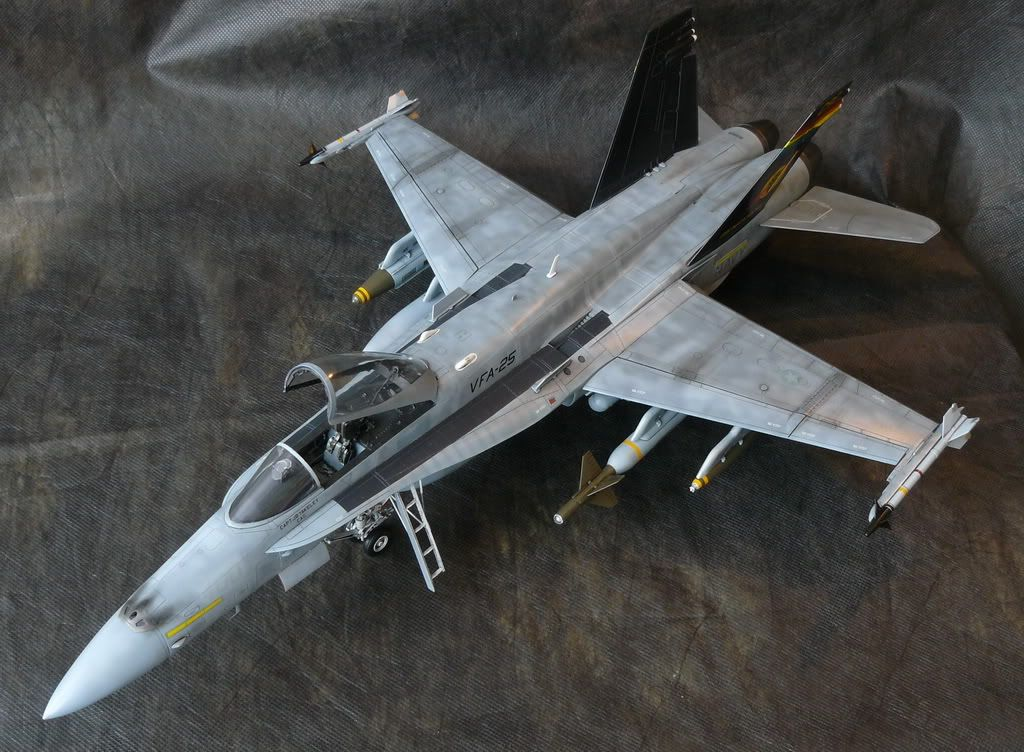 F A 18c Hornet 1 32 Academy Flory Models Forum For Subscribers