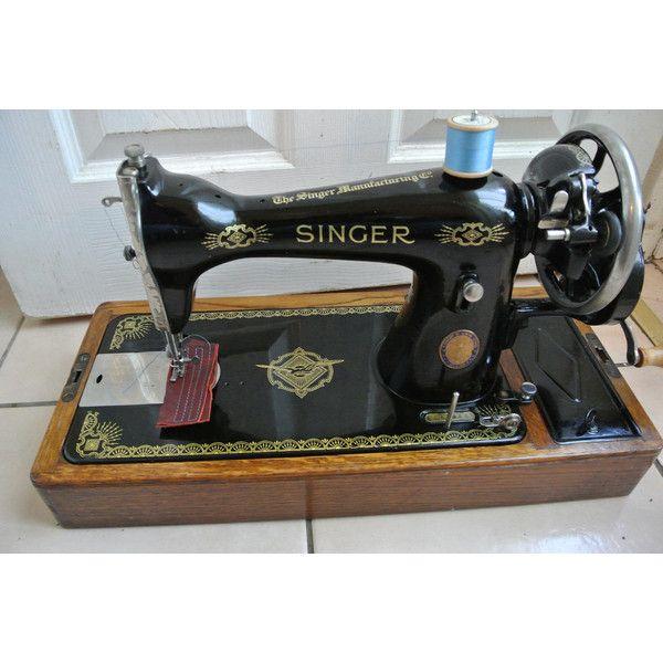 LUXURY Womenswear Singer Sewing Machine Model 2932 June