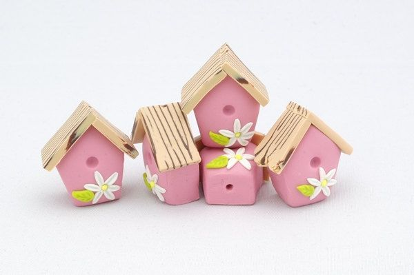 21mm - 4 Birdhouse beads Polymer clay Pink by KarolinaArts on Etsy