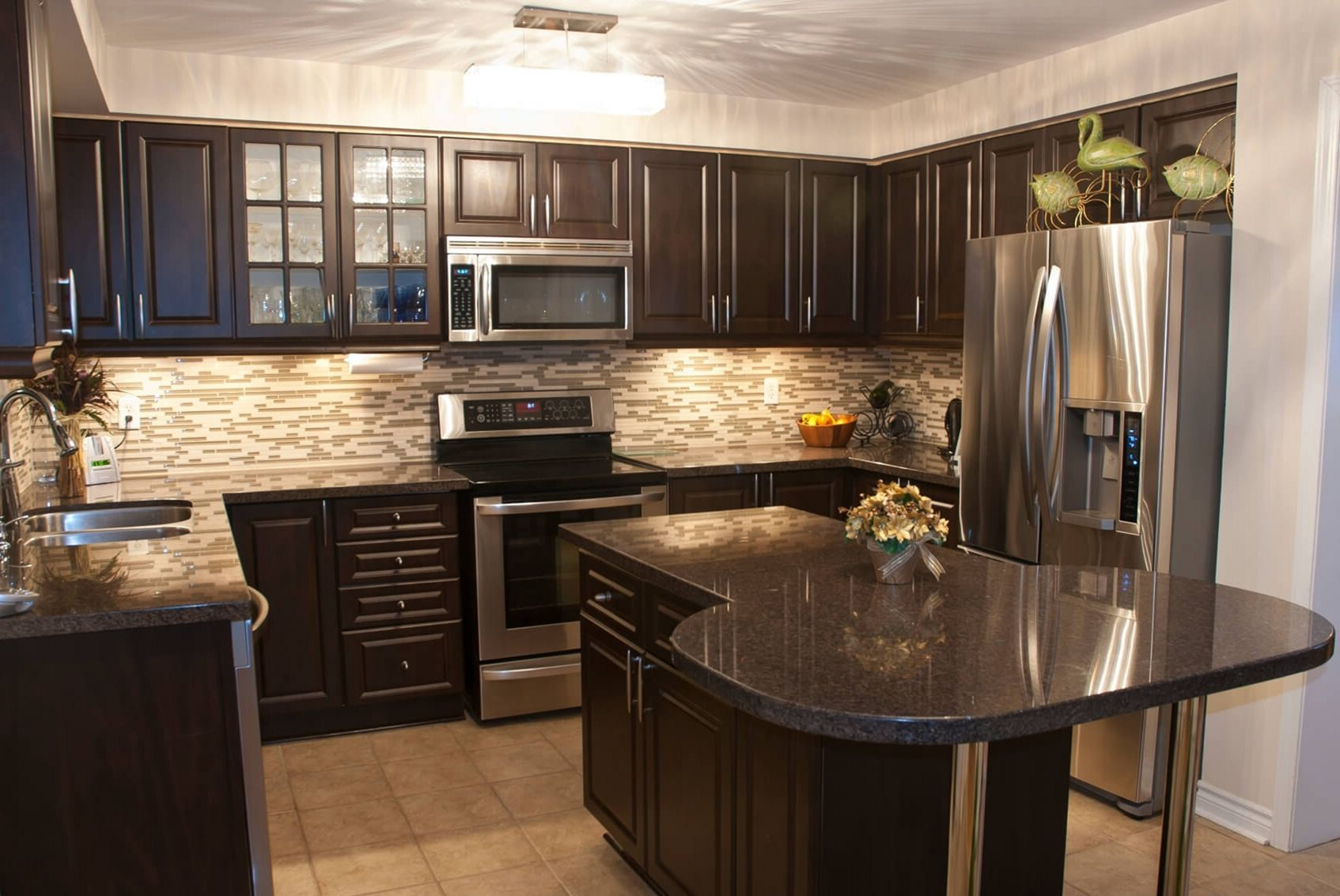 29 Fabulous Kitchen Design Ideas With Dark Cabinets That ...