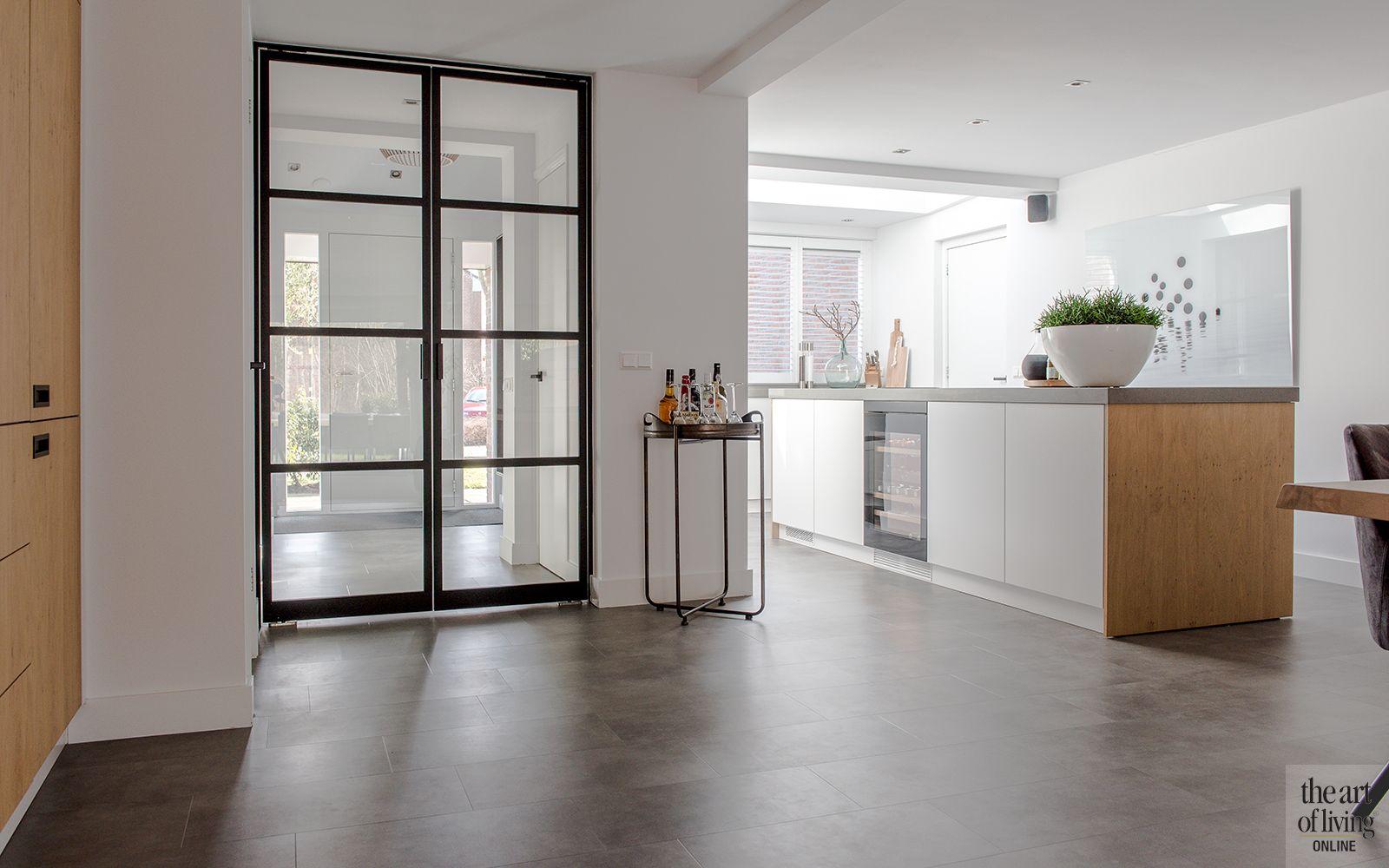 Intieme grijze woonkamer keuken theartofliving.eu pinterest