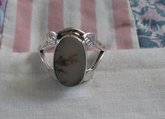 RING   SCENIC DENDRITIC Agate  Leaves   Estate by MOONCHILD111 https://www.etsy.com/shop/MOONCHILD111