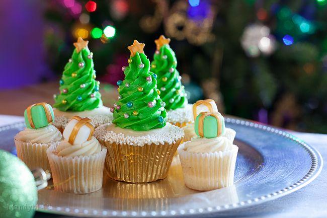 Christmas Tree Cupcake Tutorial