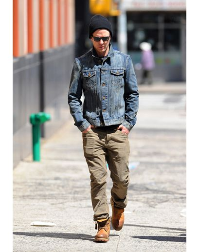 48ee4c60d6 JUSTIN TIMBERLAKE IN A DENIM JACKET !
