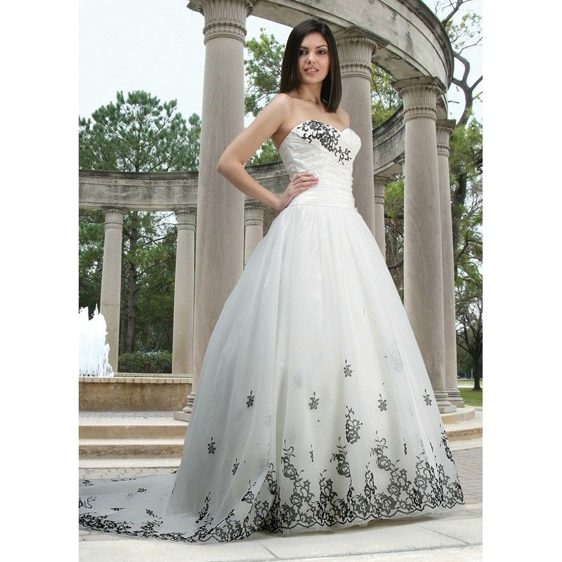 Sweetheart strapless white wedding gown dress with black for Wedding dresses white and black