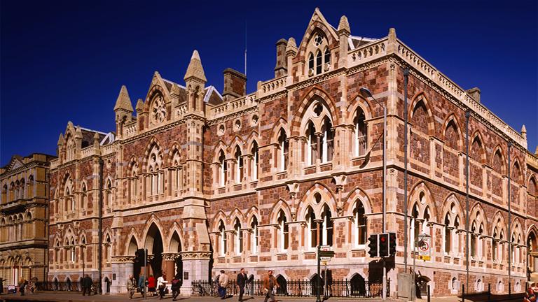 Exeter's Royal Albert Memorial Museum & art gallery (RAMM ...