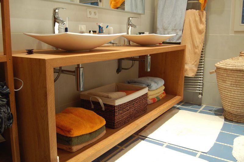 W salle de bain jac samson id es pour la maison - Meuble en bois a faire soi meme ...