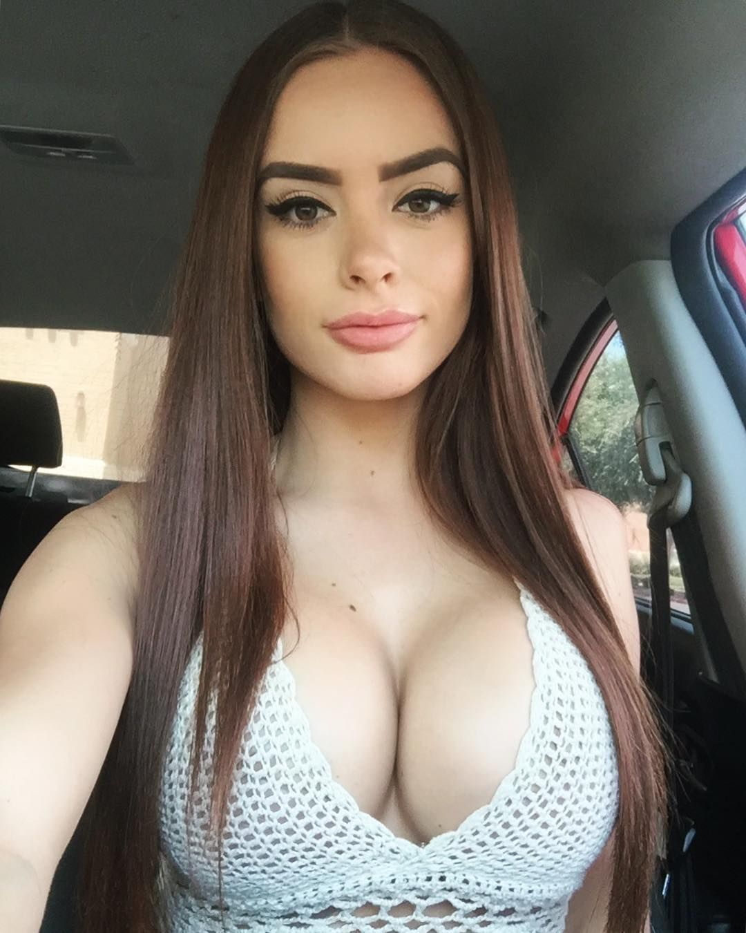 awesome bbw chick with amazing boobs