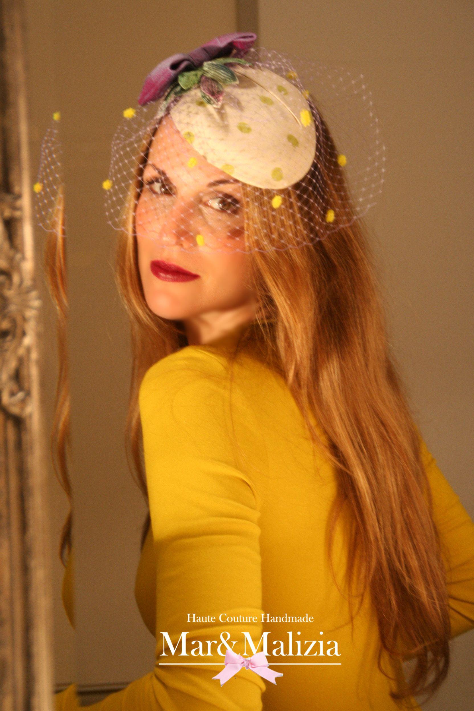 Tocado Betty compra online en tocadosmarymlizia@gmail.com  o https://www.facebook.com/pages/MarMalizia-Tocadas-con-Estilo/124274953466