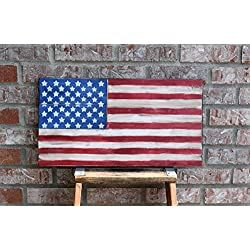 Pallet Projects - 19+ Clever, Crafty and Easy DIY Pallet Ideas - Clever DIY Ideas #americanflag