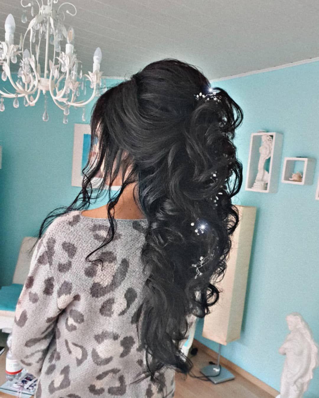 Wedding Styling By Ludmilajost Brautmakeup Brautkleid Hochzeitsfrisur Weddingdress Wedding Crailsheim Hochz Hair Styles Long Hair Styles Wedding Styles