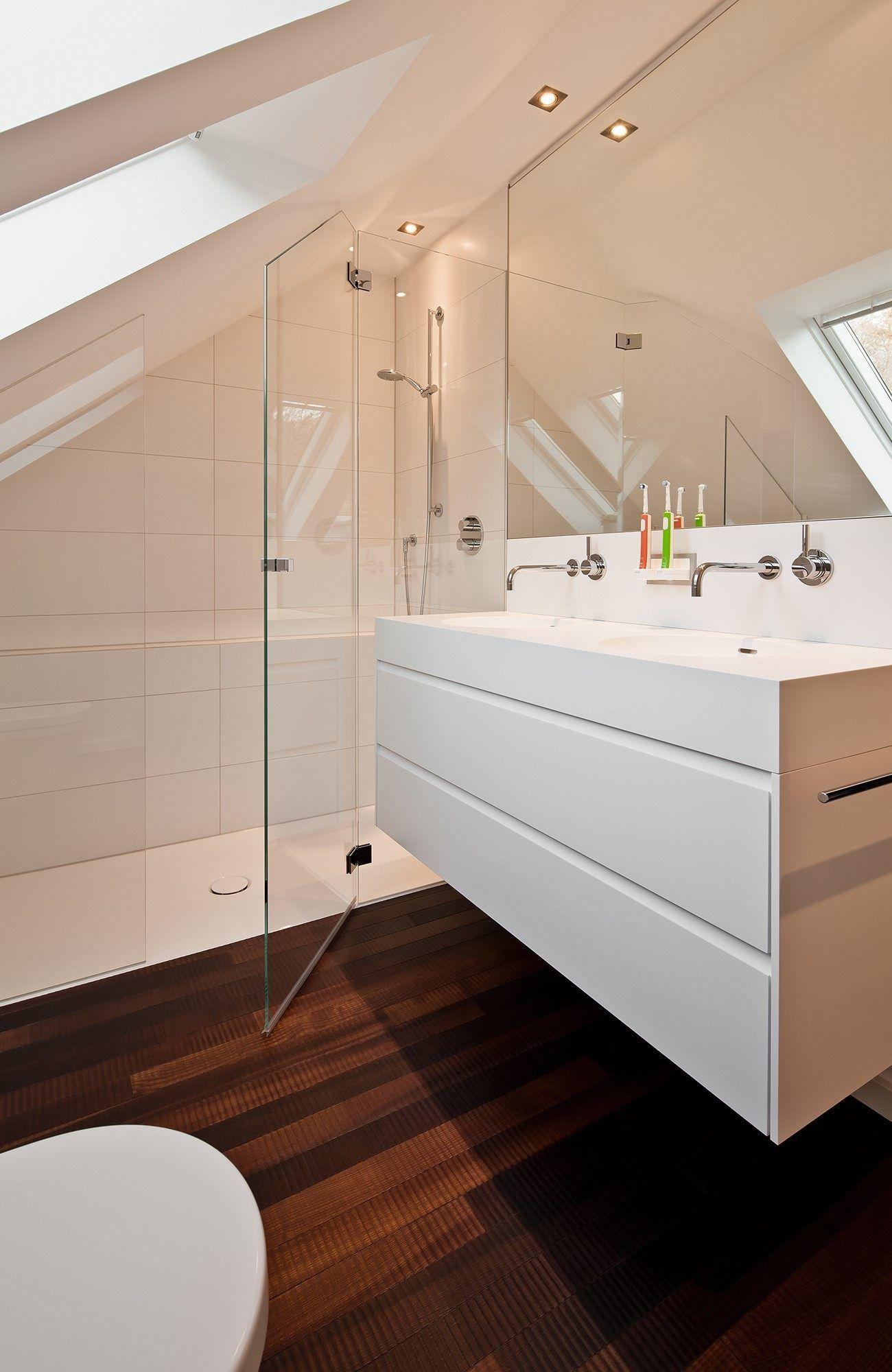 8 Badezimmer Mit Schräge Renovieren Raumfabrik ...