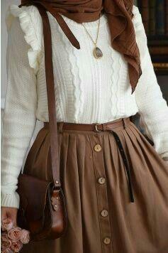 Weißer Rüschenpullover und Rock - #hijab #rock #Rüschenpullover #und #weißer #allwhiteclothes