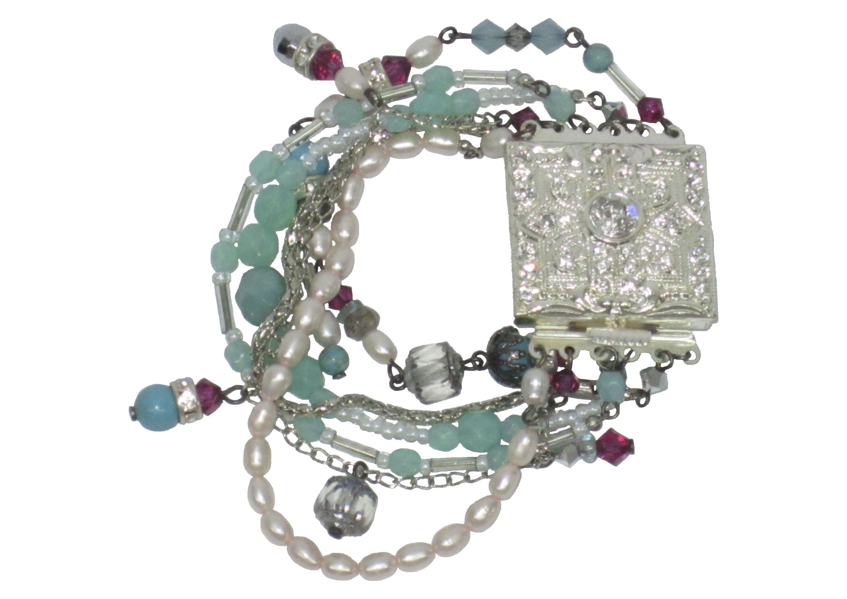 5240416e0500 Pulsera de seis tiras de perlas de río, cristal y aros de strass de ...