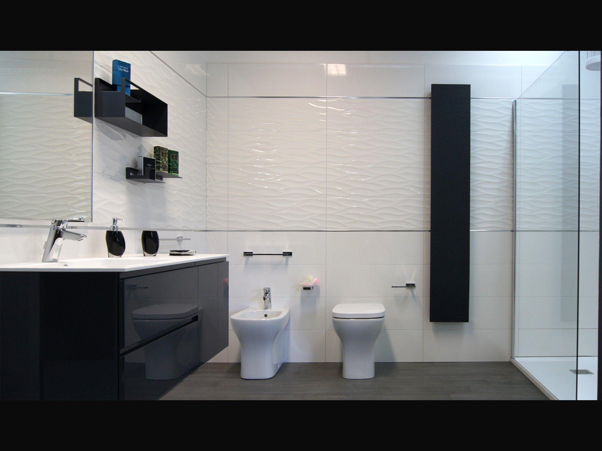 Rubinetteria Active Ideal Standard.Rivestimento Parete Fap Ceramiche Collezione Lumina E Mobile Arblu