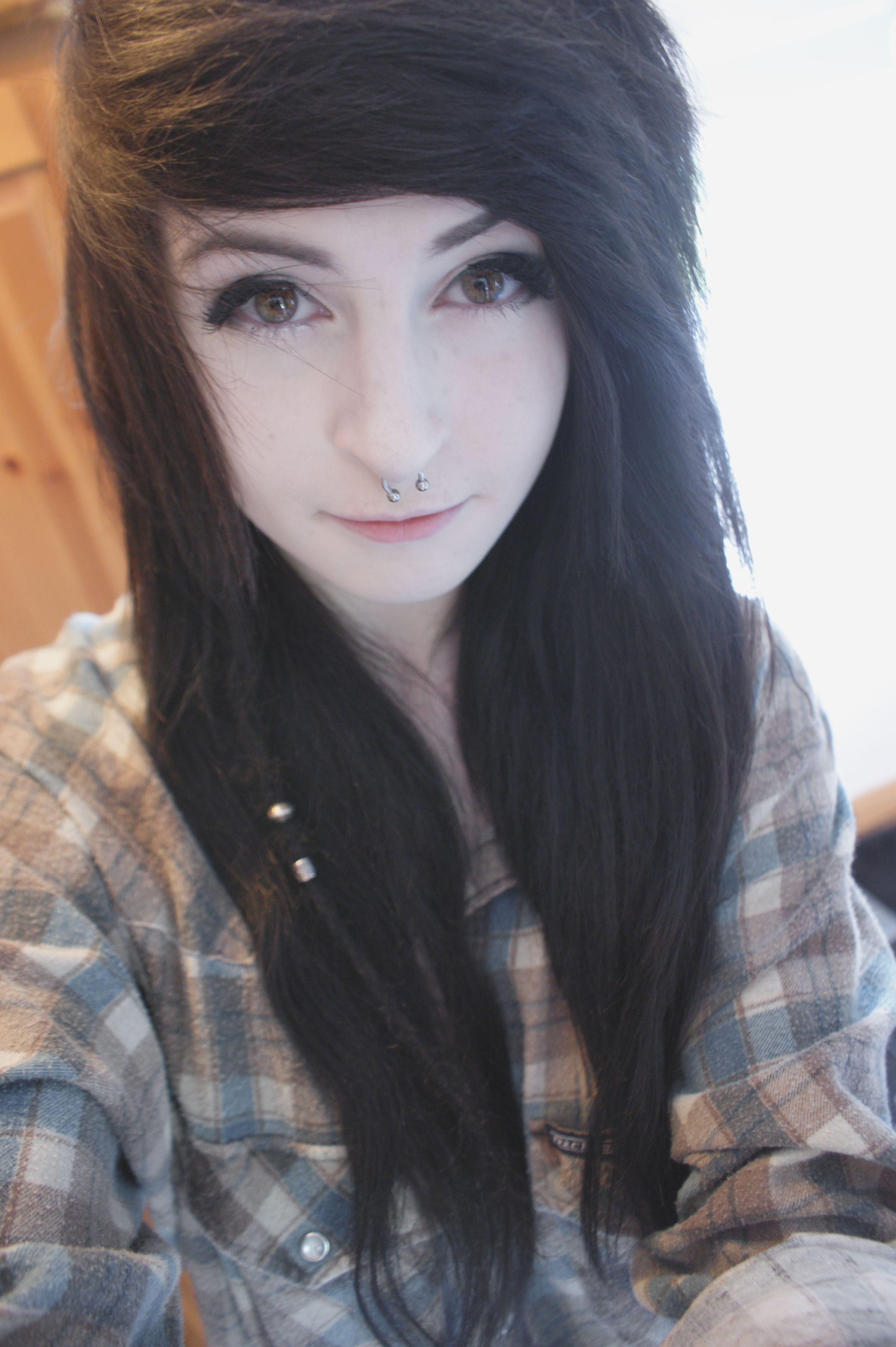 Nose piercing over 50  Frisch Ich möchte eine neue Frisur  sexy  Pinterest  Scene hair