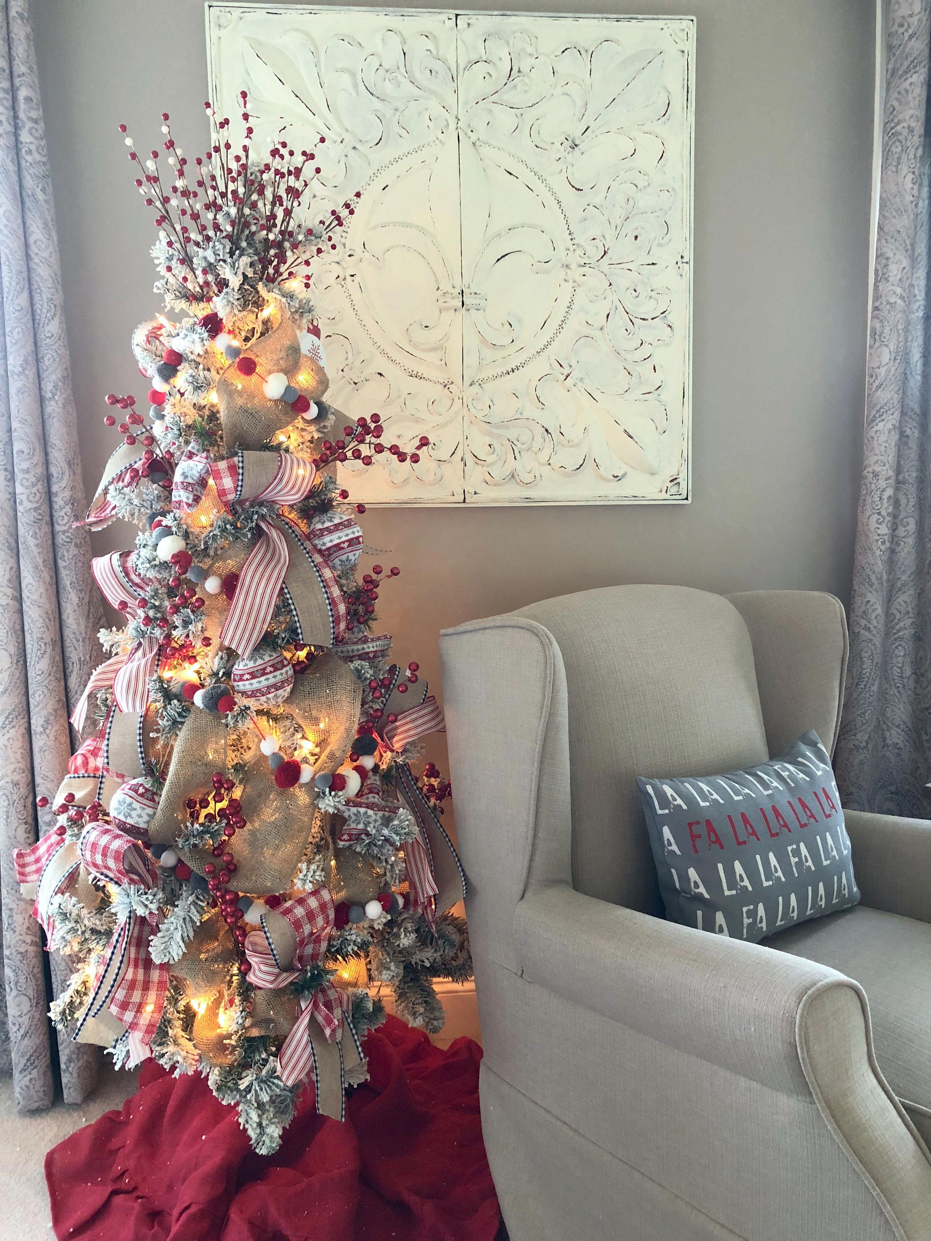 4 ideas on how to add Christmas decor to your master