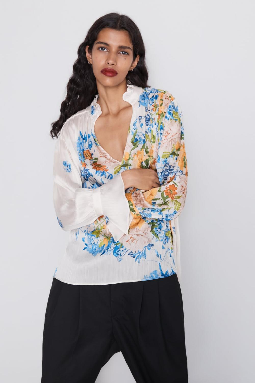 Bluzka Z Nadrukiem W Kwiaty Zara Polska Floral Print Blouses Floral Print Shirt Floral Prints
