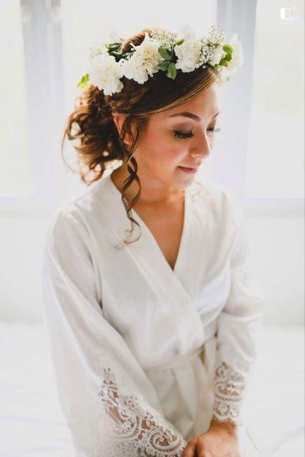 Our gorgeous homebodii bride in our Lola Matte kimono robe #springwedding