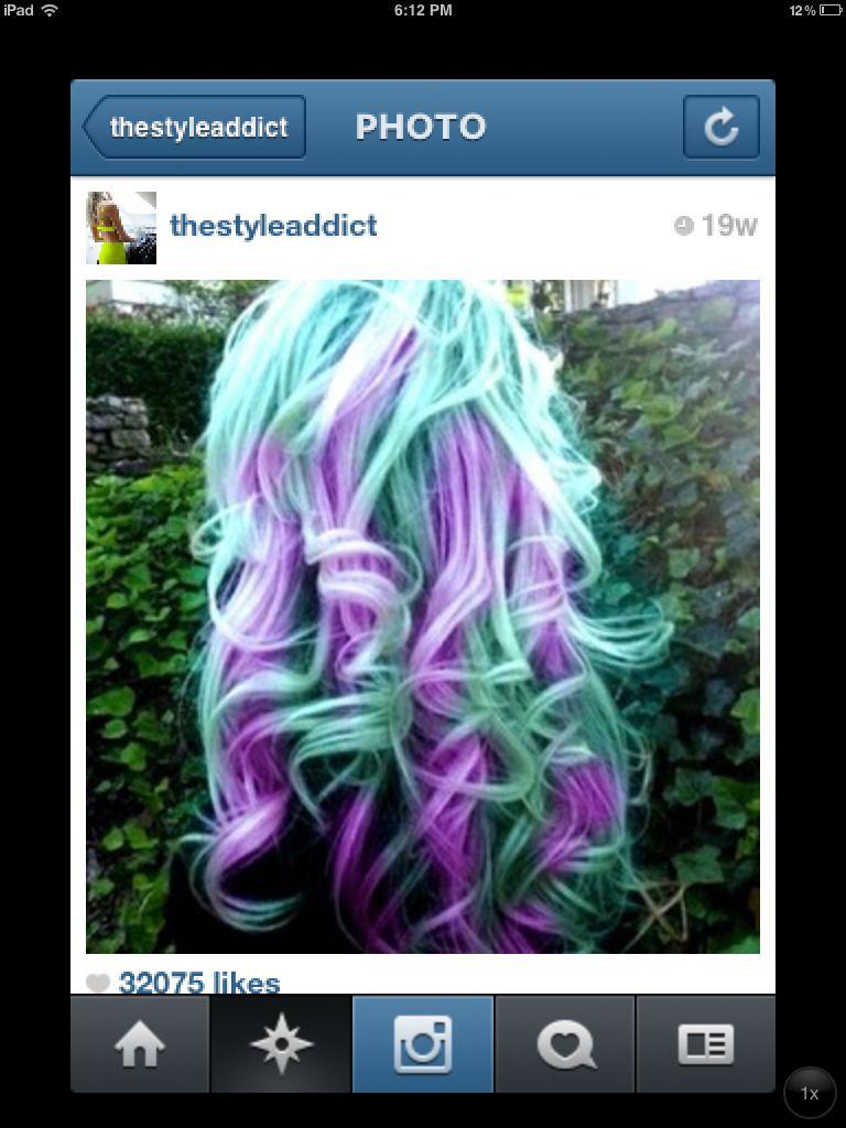 Purple blue ish green ish
