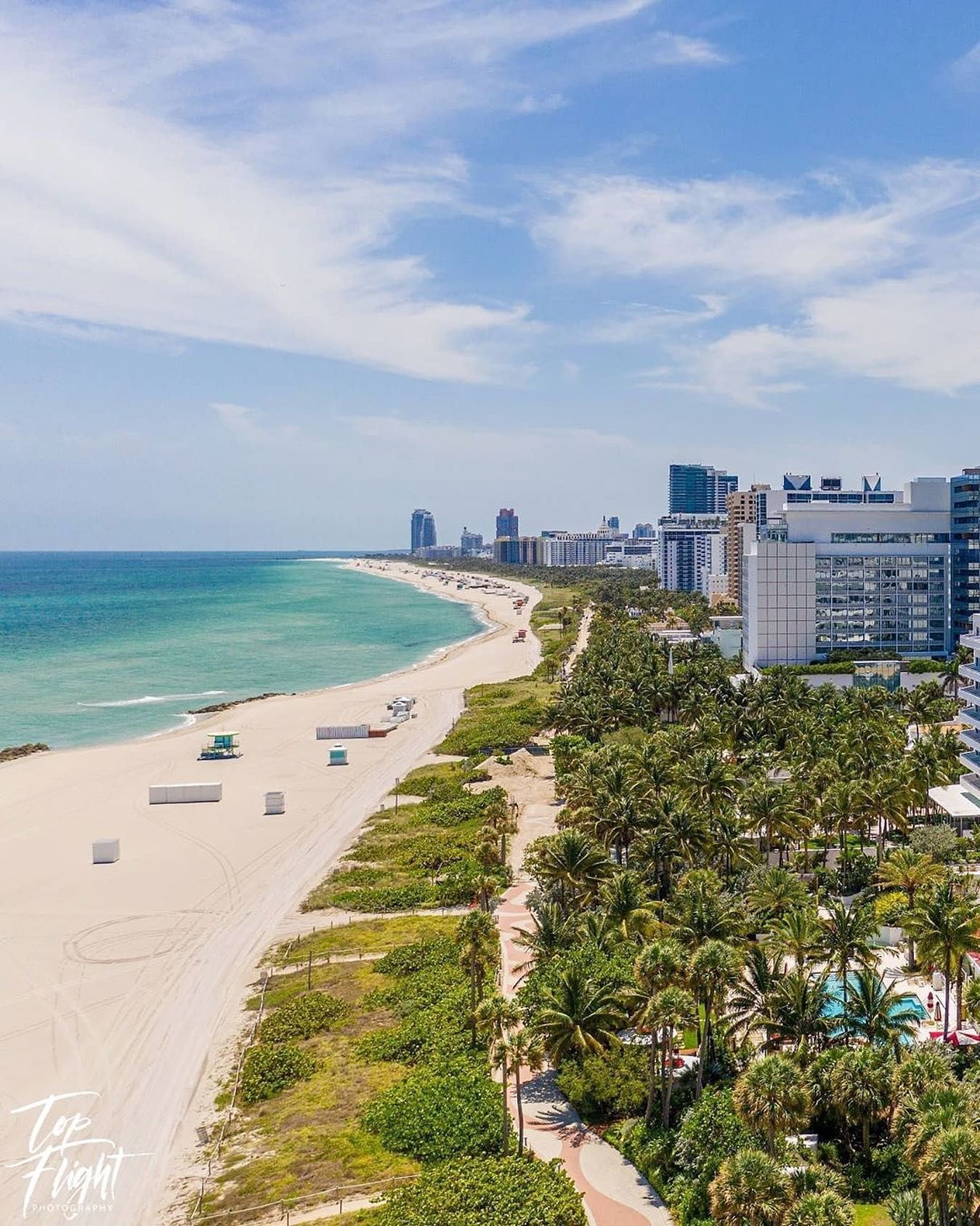 With love from Miami Beach  Tag someone who wishes to be here   @topflight_photography #miamibeach #miamivibes #miamiliving
