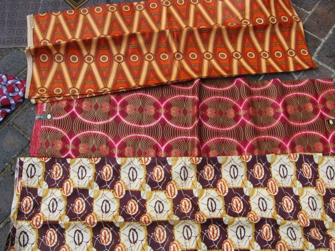 Gone To Smell the Roses Modern African fabrics Ethno Muster